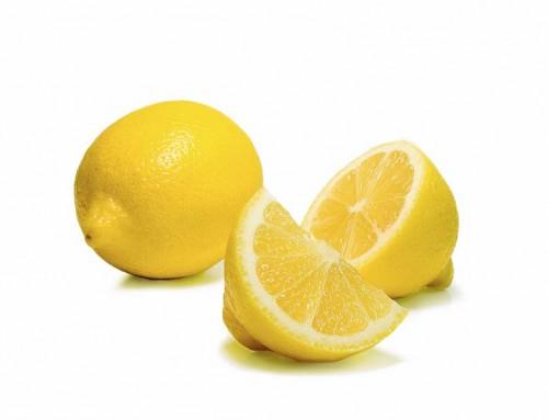 Die Wirkung von frischem Zitronenöl